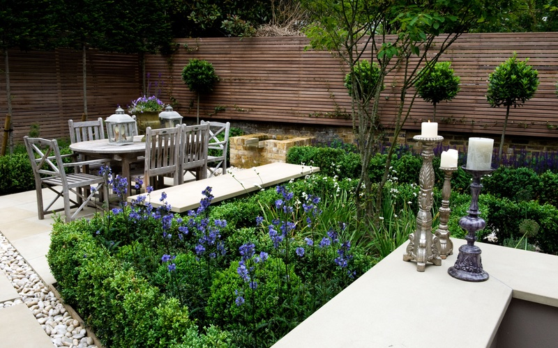 Dining area garden design, Barnes, London.