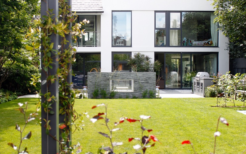 Cassandra Crouch garden design, built by Landscaping Solutions, South West London.