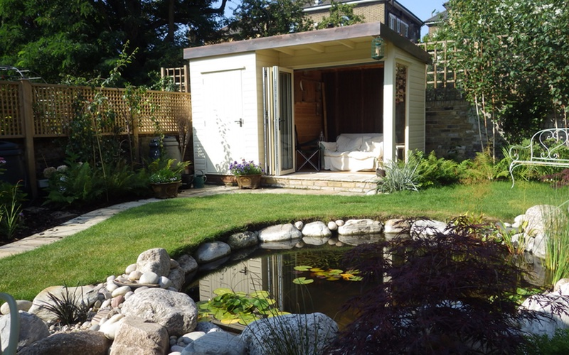 Landscaping Solutions, BALI award winning garden, Surrey.